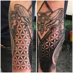 Fresh WTFDotworkTattoo Find Fresh from the Web Geometric gap filler with a little coverup thrown in. Cheers Jon johnny12gage WTFDotWorkTattoo