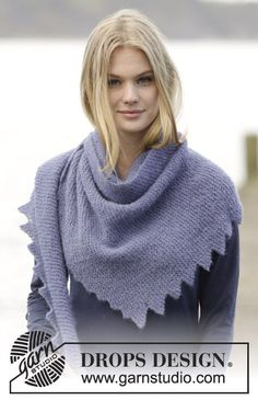 "#knitting #shawl with tips in ""Brushed Alpaca Silk"". ~ DROPS Design"