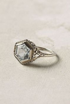 18 Unbelievably Beautiful Vintage Rings Inspired By Art Deco - Reverie