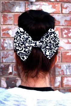RETRO inspired X large hair bow in black and white