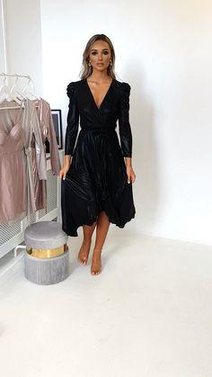 Mary Metallic Maxi Dress at ikrush Metallic Maxi Dresses, Pink Prom Dresses, Petite Dresses, Satin Dresses, Evening Dresses, Homecoming Dresses, Casual Summer Dresses, Simple Dresses, Elegant Dresses