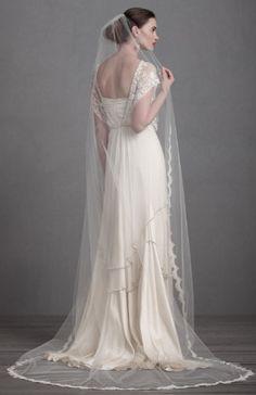 Vintage inspired veil http://www.theperfectpaletteshop.com/