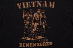 Vietnam Remembered T-Shirt, Vintage 1980s, American Soldiers Graphic Tee, War Veteran, Military History, Militaria