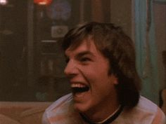 New trendy GIF/ Giphy. lol laughing that 70s show cracking up busting up. Let like/ repin/ follow @cutephonecases