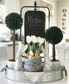 Looking for the best Spring & Easter Decor Ideas. Here are the cutest & fresh DIY Spring and Easter Decorations ideas including centerpieces, Mantle & craft Decoration Buffet, Decoration Plante, Tray Decor, Table Decorations, Spring Decorations, Table Centerpieces For Home, Diy Spring, Spring Home Decor, Seasonal Decor