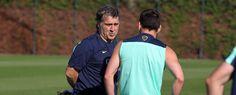Messi y el Tata Martino hablando durante un entrenamiento
