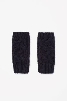 COS is a contemporary fashion brand offering reinvented classics and wardrobe essentials made to last beyond the season, inspired by art and design. Contemporary Fashion, Hand Warmers, Fashion Brand, Wool Blend, Knit Crochet, Scarves, Gloves, Clothes For Women, Knitting
