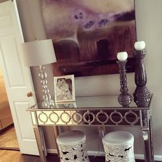 Our Sophie Mirrored Console Table is perfectly at home in @kikimariah's home, don't you think?