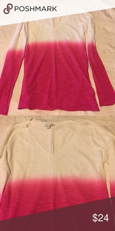 Banana Republic pink thin knit ombré sweater Cool pink ombré effect thin knit sweater from Banana Republic.   V-neck detail.   Great for work, or with jeans!  EUC.   More details available upon request.   Open to fair offers. Banana Republic Sweaters V-Necks