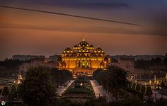 The grand, #ancient-style, ornately hand-carved stone #temple has been built without structural steel within five years by 11,000 #artisans and #volunteers.  #Akshardham Temple showcases the essence of #India's ageless #art, borderless #culture and timeless values. #goExplore #Delhi: https://goo.gl/6qC6uy Image Credits: Sandeep Mathur