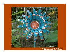 <3 Cheryl Tin Can Flowers, Flower Ideas, Cheryl, Hanukkah, Soda, Wreaths, Canning, Home Decor, Beverage