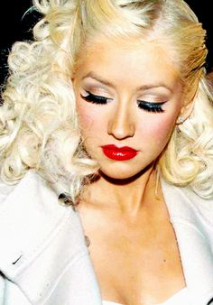christina aguilera will forever be my favourite female artist <3
