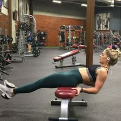 Oh the struggle for lower abs Until I started adding weight to my core training, I wasn't seeing any results! Add weight, eat right (without losing your damn mind) and watch the abs starting developing THE WORKOUT: Weighted Decline Sit-up (use medicine ba