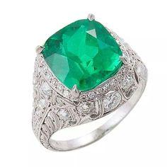 Beautiful emerald and diamond edwardian ring