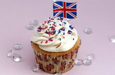 Planning anything special for the Queen's Jubilee? No street party spread would be complete without some Jubilee cupcakes! Try our easy recipe from Victoria Threader and decorate with Union Jacks and sprinkles