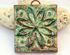 Polímero arcilla hecho a mano flor de cerámica por Cabinfeverclay