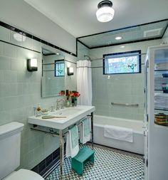 Towel bar on spindle legs of sink