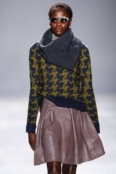 LINE KNITWEAR  ( FALL-WINTER 2013 )