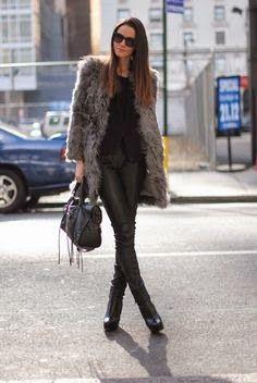 ¿Cómo llevar los abrigos de pelo sintético?