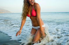 Build your best beach body EVER with this in-depth summer workout plan. It combines different types of cardio, upper/lower body workouts, and intense abs training to produce results FAST. Plus Size Bikini Bottoms, Women's Plus Size Swimwear, Curvy Swimwear, Summer Workout Plan, Fitness Goals, Fitness Motivation, Fitness Plan, Fitness Weightloss, Exercise Motivation