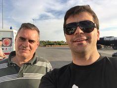 Paragem em Sevilha para abastecer e rever alguns amigos. Aqui com Luis Costa, o companheiro de viagem nos próximos dias