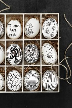 Doodled Easter eggs www.pandurohobby.com  #Panduro #easter #DIY #egg #panduro