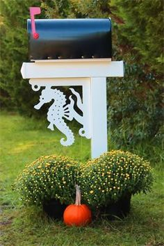 """© Sea Horse PVC Bracket : Top Quality UV Inhibited PVC 16""""x17"""" Great for porch renovations, beach home improvement, exterior home renovation, kitchen decorative brackets, interior privacy shutters, mailbox brackets and more."""