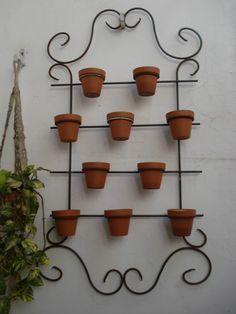 Jardin Vertical Para Flores O Aromaticas!    http://articulo.mercadolibre.com.ar/MLA-423568769-jardin-vertical-para-flores-o-aromaticas-_JM
