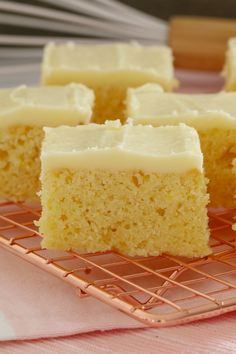 The easiest and most delicious baked Lemon Slice ever. with the BEST creamy & tangy lemon frosting - this is such a quick, simple and classic recipe. Lemon Desserts, Lemon Recipes, Baking Recipes, Sweet Recipes, Cake Recipes, Dessert Recipes, Lemon Cakes, Savoury Recipes, Healthy Recipes