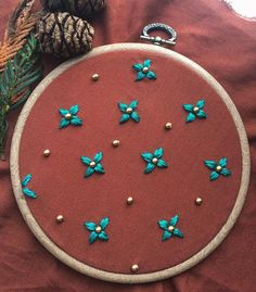 Like times, 32 comments - Humayrah Poppins ( on . Border Embroidery Designs, Kurti Embroidery Design, Embroidery On Kurtis, Hand Embroidery Stitches, Crewel Embroidery, Beaded Embroidery, Hand Embroidery Projects, Hand Embroidery Videos, Hand Embroidery Flowers