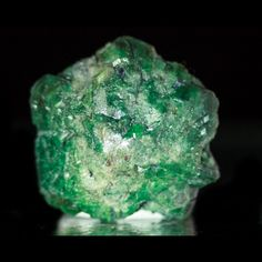 I recently took a quiz to see what stone I'd be and it told me Alexandrite. This is a magical, color changing stone is named after Alexander The Great.  Highly adaptable to changing situations, this stone definitely suits my personality. #metaphysical #gemstones #energies #folklore #geology #crystals