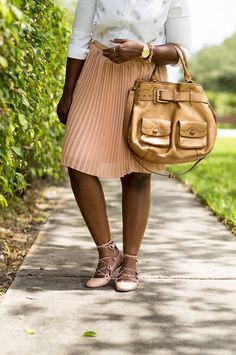 embellished shirt pleated skirt how to wear work outfit miami fashion blogger 5 Pleated