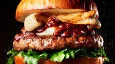 うまみたっぷりベッカーズに鹿肉バーガー--信州ジビエを使った秋の味