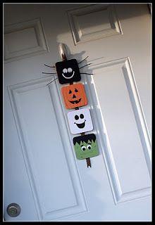 Halloween door hanger.