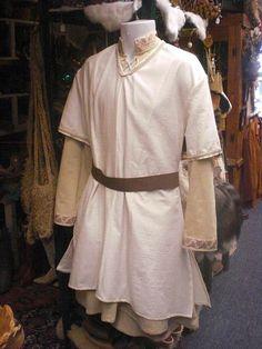 Teen / Men's SmallMedium Medieval Tunic Set by MossyRoseCB on Etsy, $145.00
