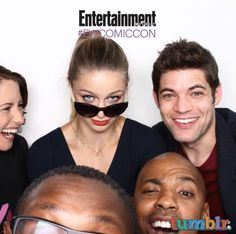 EW Photobooth - Comic-Con #Supergirl