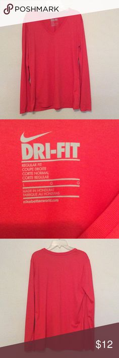 Nike Long Sleeve Dri-fit Women's Nike Dri-Fit Regular Fit. In excellent condition. Only worn a couple times, no tears or stains. Nike Tops Tees - Long Sleeve
