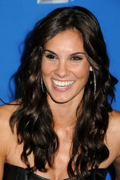 Daniela Ruah - Daniela Ruah Images, Pictures, Photos, Icons and Wallpapers: Ravepad - the place to rave about anything and everything! Stunning Girls, Beautiful Long Hair, Beautiful People, Beautiful Women, Beautiful Smile, Daniela Ruah Bikini, Hilary Duff Show, Kensi Blye, 70s Hair