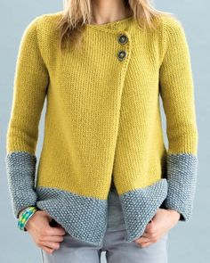 Modèle Veste Phil Looping Femme Knitting is actually a method by which yarn can be Sweater Knitting Patterns, Cardigan Pattern, Knitting Designs, Knit Patterns, Free Knitting, Baby Knitting, Knit Jacket, Knitwear, Knit Crochet