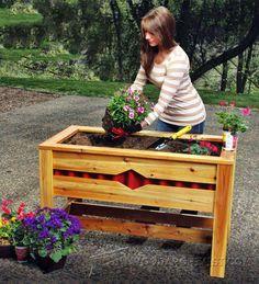 Planter Box Plans - Outdoor Plans and Projects   WoodArchivist.com