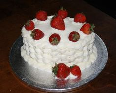 crusting cream cheese frosting for wedding cake 1000 images about cake decorating ideas on 13102