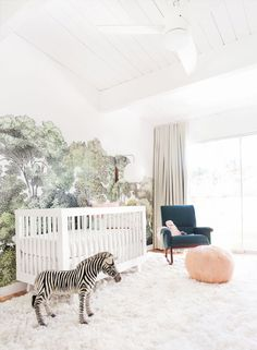 There are so many wonderful kids' room trends to explore, from ultra modern motifs to charming, crafty creations. Today's featured whimsical items bridge t