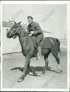 Z21 1941 Sid Wexler Saddled on Horse US Army Cavalry WWII Original Photo
