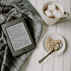Kindle, Thinking Quotes, Book Study, Book Aesthetic, Coffee And Books, Book Projects, Vsco, Book Photography, Bookstagram