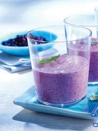 Blueberry & Banana smoothies (with soy milk)