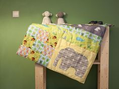 Kostenlose Anleitung: Baby Patchworkdecke selber nähen / free diy tutorial: sew a baby blanket using patchwor techniques via DaWanda.com
