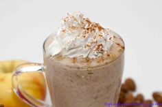 Apple Pie Smoothie. It's raw, vegan, so simple and so delicious!
