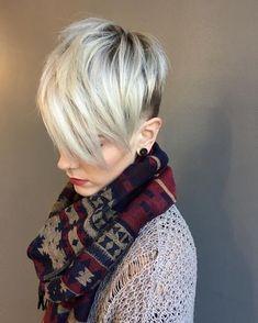 166 vind-ik-leuks, 4 reacties - Maggie Kime (@bymaggiekime) op Instagram: 'white + shorter • • • • • #pixiecut #pixiehaircut #nbpixies #platinumblonde #platinumhair…'