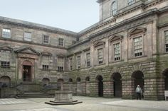 The Lyme Park courtyard, built in the early 19th century, is Palladian design with Doric pilasters, and was influenced by the courtyards of Italian villas.