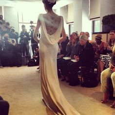 #CarolinaHerrera #BridalChallenge Angelica, beautiful back